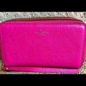 Kate spade pink travel large wallet card slots euc